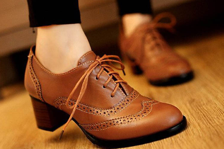 WOMENS FLATS OXFORDS