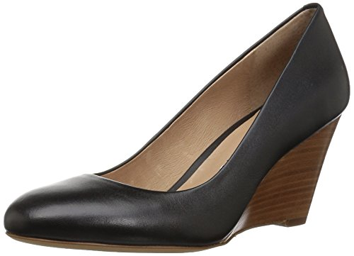 Amazon Brand - 206 Collective Women's Battelle Closed-Toe Covered Wedge Pump